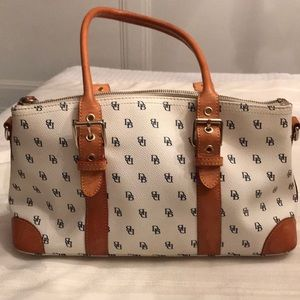Dooney &Bourke satchel